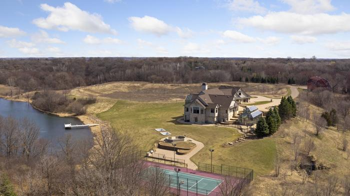 Strip club founder's 77-acre estate sells for $3.4 million
