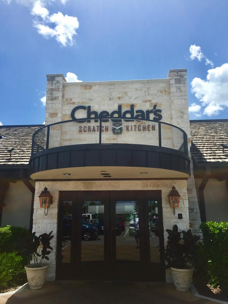 cheddars scratch kitchen is closing its corporate office in irving - Cheddar Scratch Kitchen