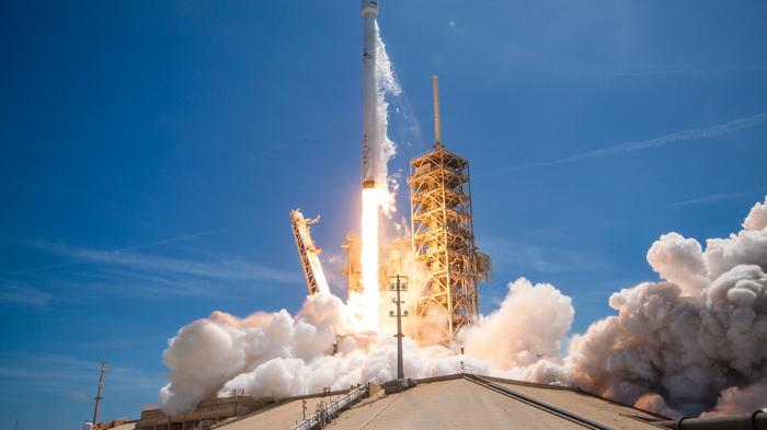 SpaceX delays top secret Zuma launch, preps for another