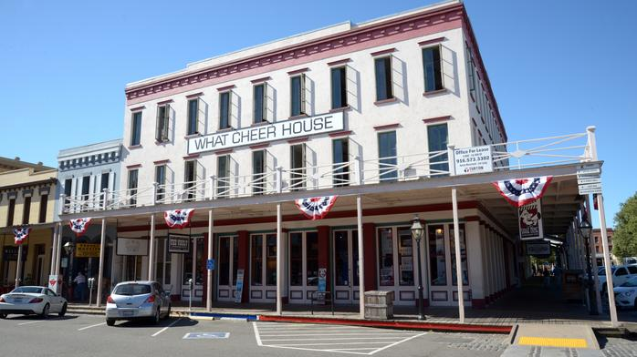 Office space with river views available in Old Sacramento (Photos)