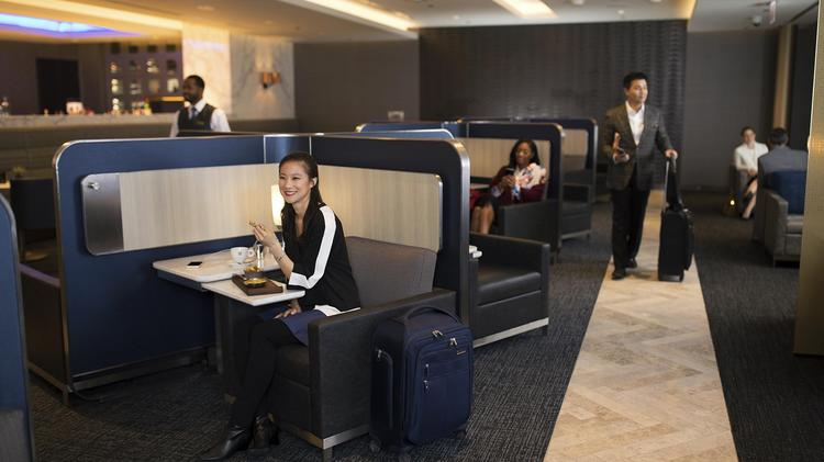 United airlines facing major club crunch at o 39 hare chicago business journal - In december o grijze lounge ...
