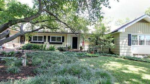 Charming Colonial Cottage in Ladue