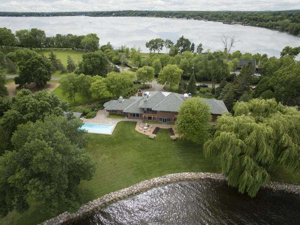 PRIME PROPERTY ON HISTORIC BRACKETTS POINT