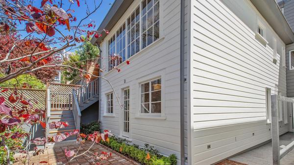 Exceptional Russian Hill Townhouse