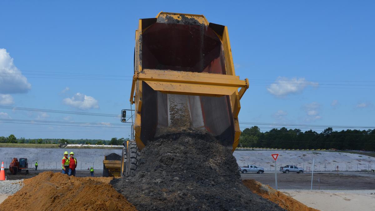 N c approves duke energy coal ash landfill at sutton