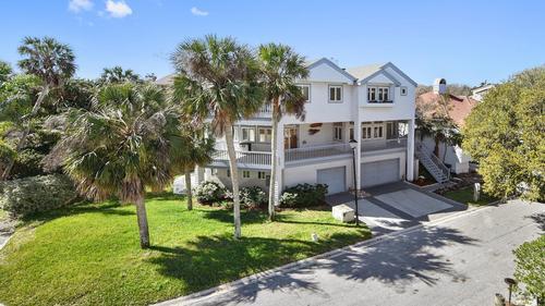 Spacious coastal home enjoys lovely ocean views