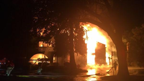 Multiple business local chamber of commerce destroyed by fire in east bay suburb san - La finestra lafayette ...