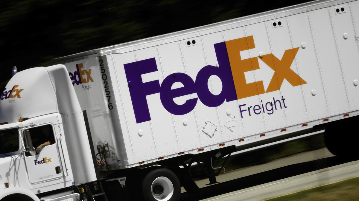 Fedex Freight Quote Drivers At A Fedex Freight Facility In Croydon Pennsylvania