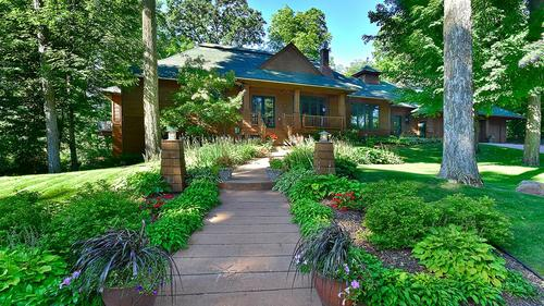 Exquisite Home with 40' Covered Dock on Lake Minnetonka
