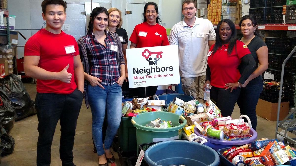 Denver Food Banks Volunteer