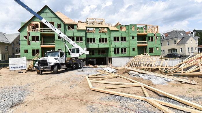 7-12-2017, Bonacio Construction Inc. The Residences on Union Avenue.