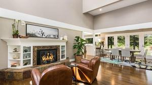 A Showstopping Luxury Canterwood Golf Estate
