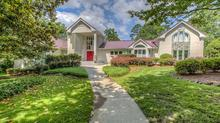 Beautiful Sedgefield Country Club Home