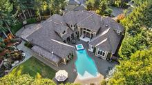 Signature Luxury Canterwood Masterpiece