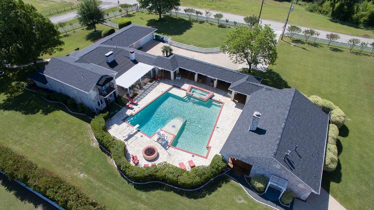 Fast N' Loud' star puts his Collin County party house on the