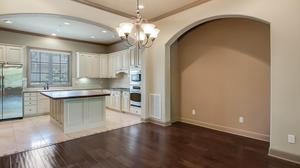 Beautiful Townhouse in Alamo Heights