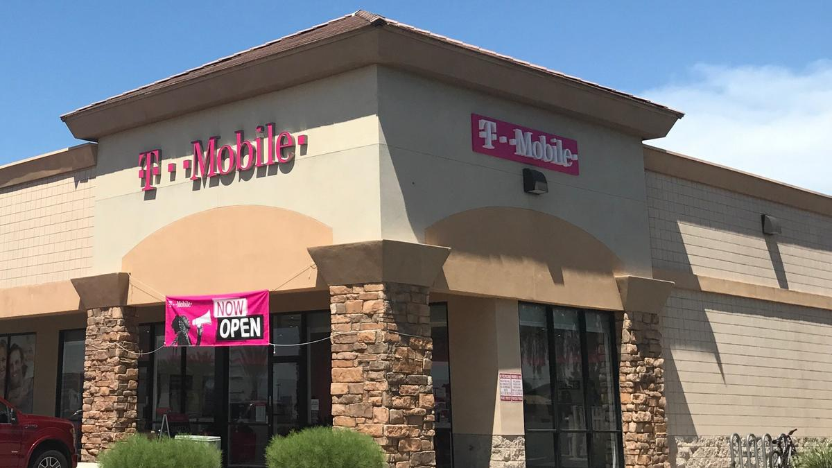 T Mobile Hiring 170 Employees As It Opens 24 Retail Stores In