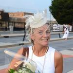 A few minutes … <strong>Natanya</strong> <strong>DiBona</strong>, co-host of Diner en Blanc