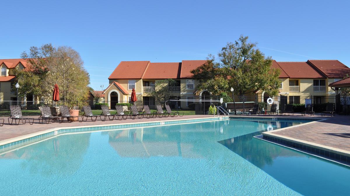 Lake Tivoli Apartments