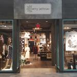 Vintage-inspired store finds home at Oxmoor Center