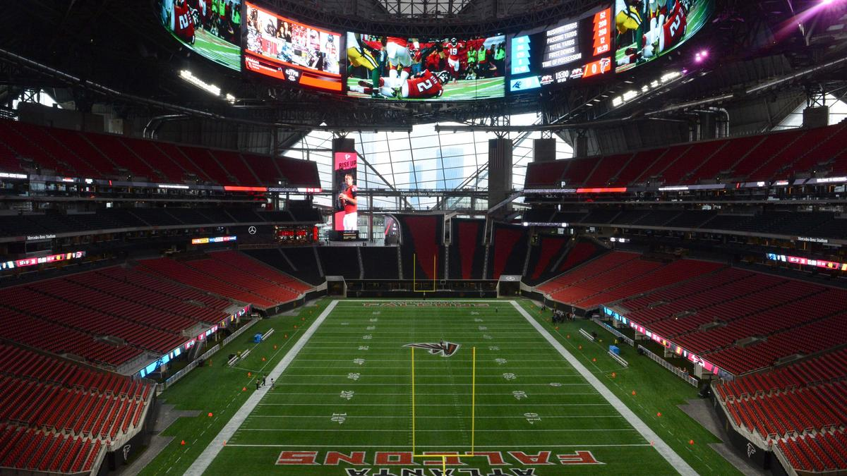 A look at atlanta 39 s 1 5b mercedes benz stadium as the for Mercedes benz stadium opening