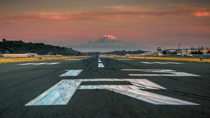 boeing field runways renumbered for shift in magnetic poles  u2013 and safety