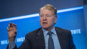 Longtime Cisco chief John Chambers launches Palo Alto-based VC firm