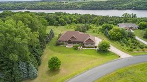 Dream Homes: Waterfront home on St. Croix River listed for $1.25 million (slideshow)