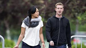 Mark Zuckerberg makes Pat's Steaks stop