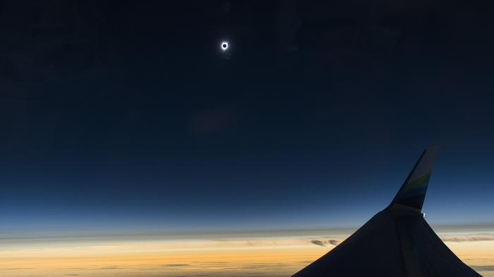 Eclipse 2017: Scenes from Alaska Airlines' flight to totality (photos)