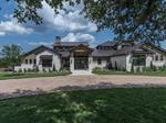 Home of the Day: Stunning Hill Country Contemporary Farmhouse