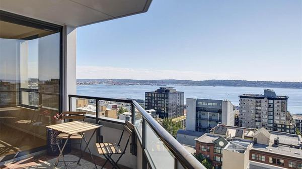 Belltown Condo with Panoramic Views