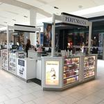 Perfumania to close 64 stores, blames declining mall traffic for bankruptcy