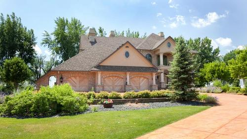 216ft of Stone Wrapped Lakeshore surrounds Centerville's Architectural Masterpiece