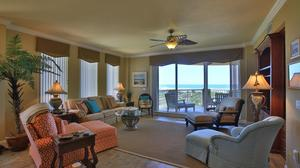 Stunning oceanfront condo for $1,150,000