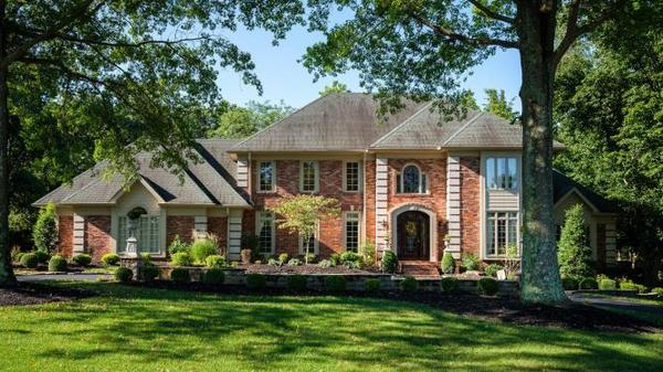 Gracious colonial on highly sought-after Woodstone Way