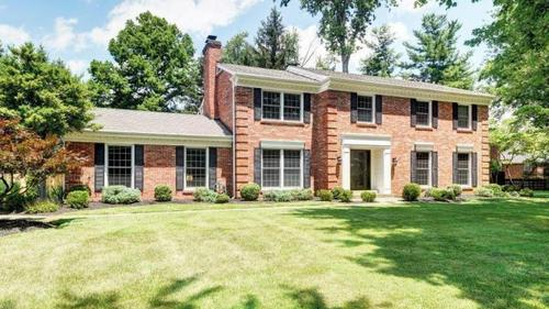 Perfect combination of traditional classic with modern renovation in Glenview Hills