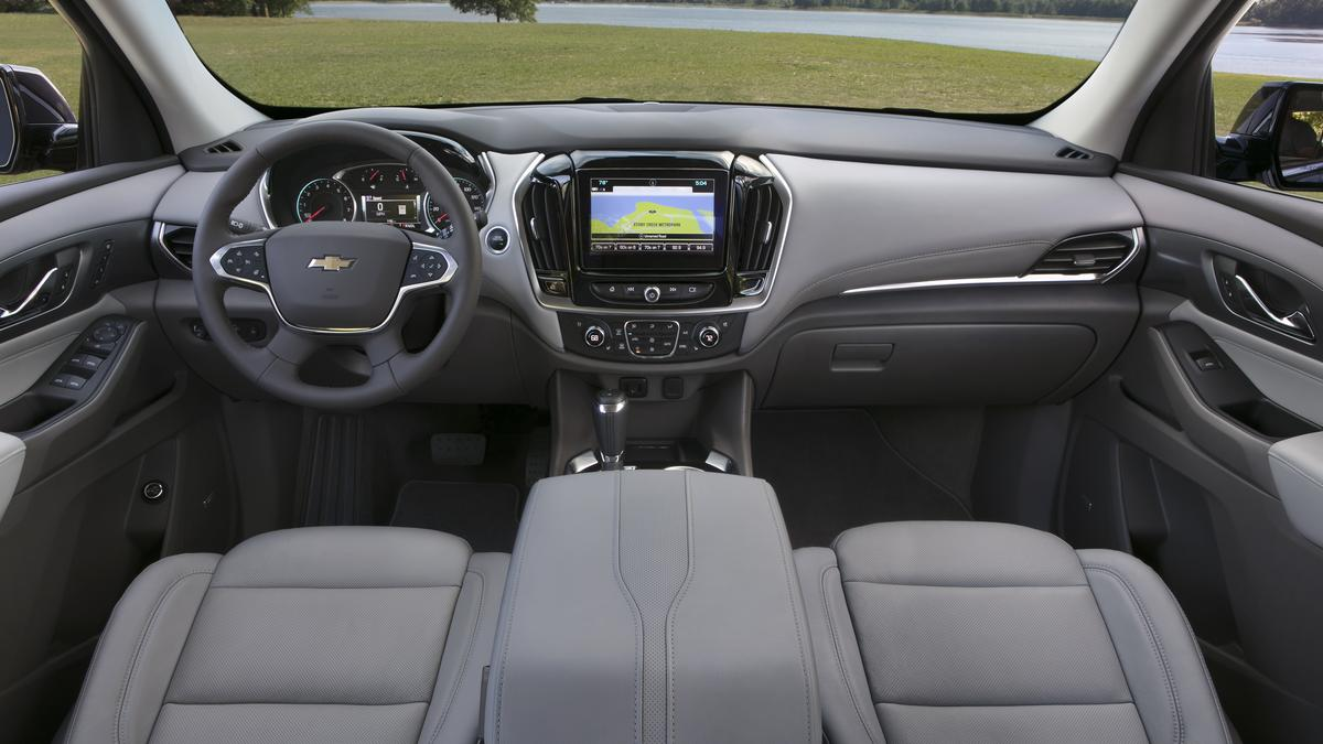 Automotive Minute: 2018 Chevrolet Traverse bigger, not ...