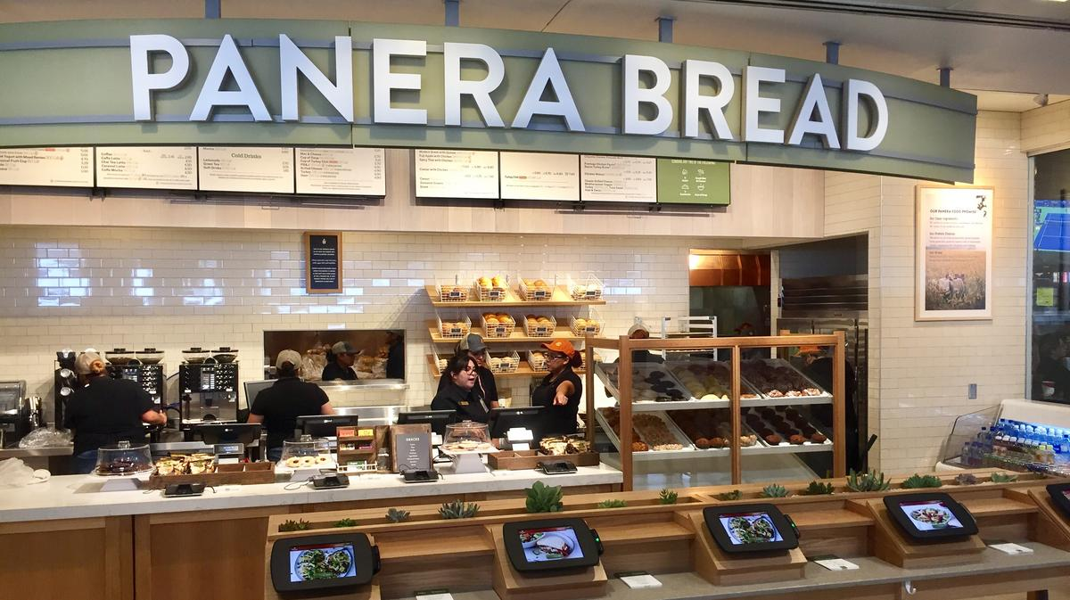 EXCLUSIVE: Panera opens first restaurant in an airport ...