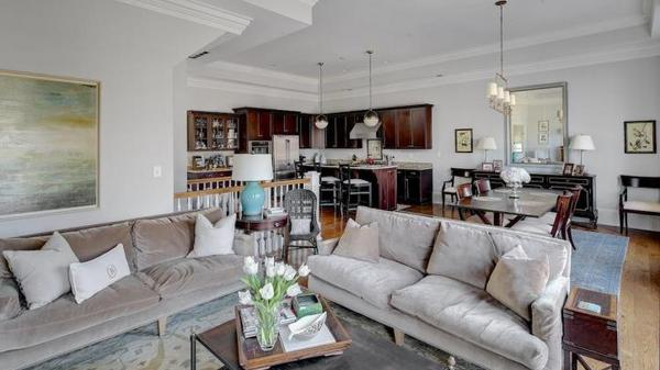City living at its finest in Crescent Hill!