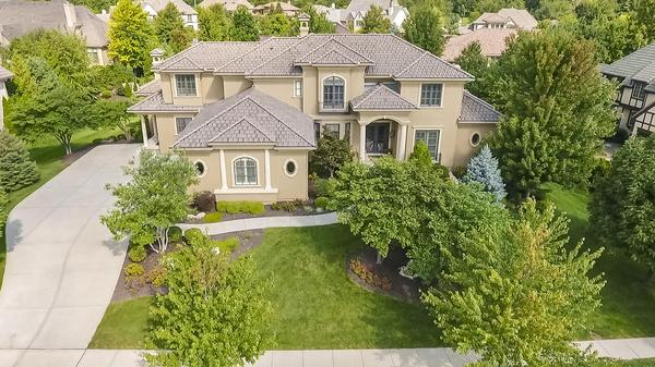 Stunning 1.5 Story Siena of Leawood Home!