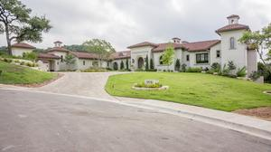 UT coach Tom Herman scores Austin mansion — and it's a beauty