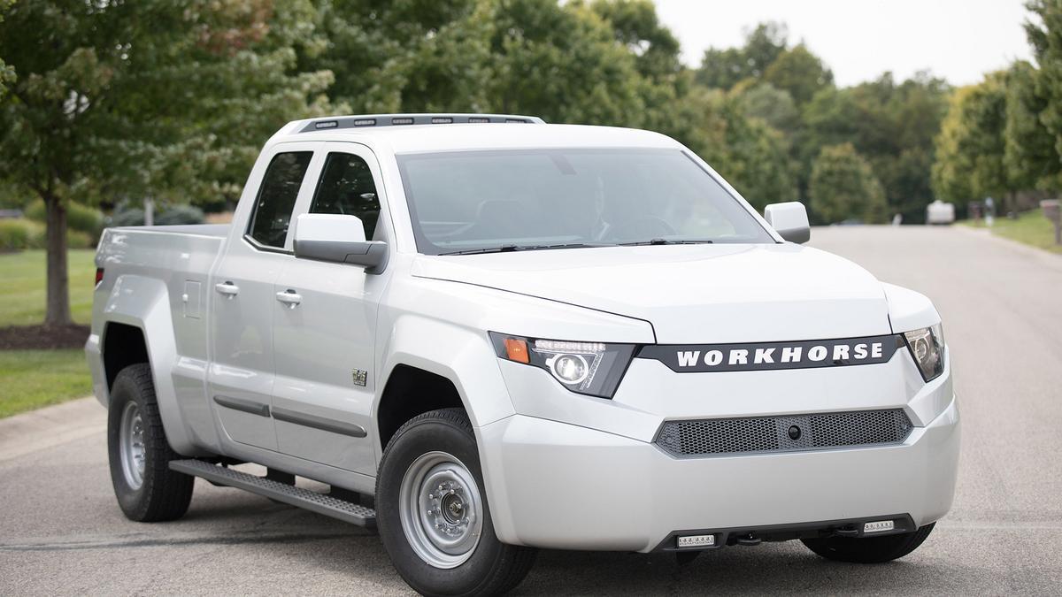 Cincinnati manufacturer Workhorse unveils electric pickup