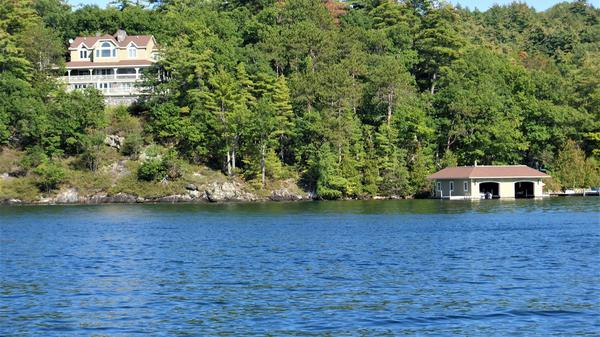 Privacy and Serenity on Lake George