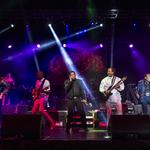 The Commodores surprise guests at Aurora Health Care gala: Slideshow