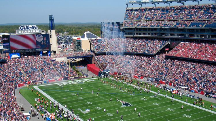 76fe5cc5a58 The New England Patriots played the Houston Texans at home in Gillette  Stadium on Sunday,
