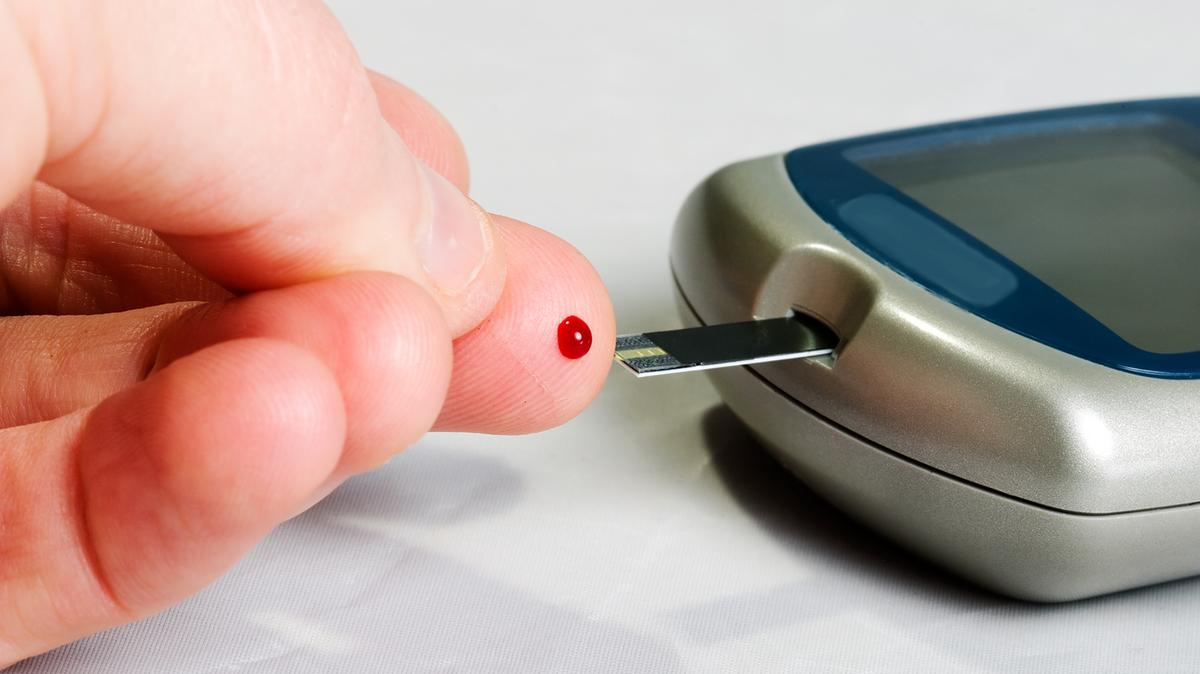 Fda Approves Diabetes Device That Doesn T Require Finger