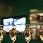 Horse racing legend unveils new Derby Museum exhibit (PHOTOS)