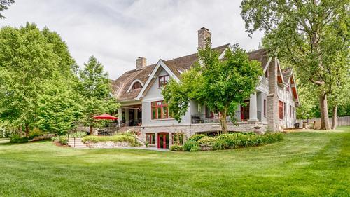 Custom Home on a Premier Ladue Lane