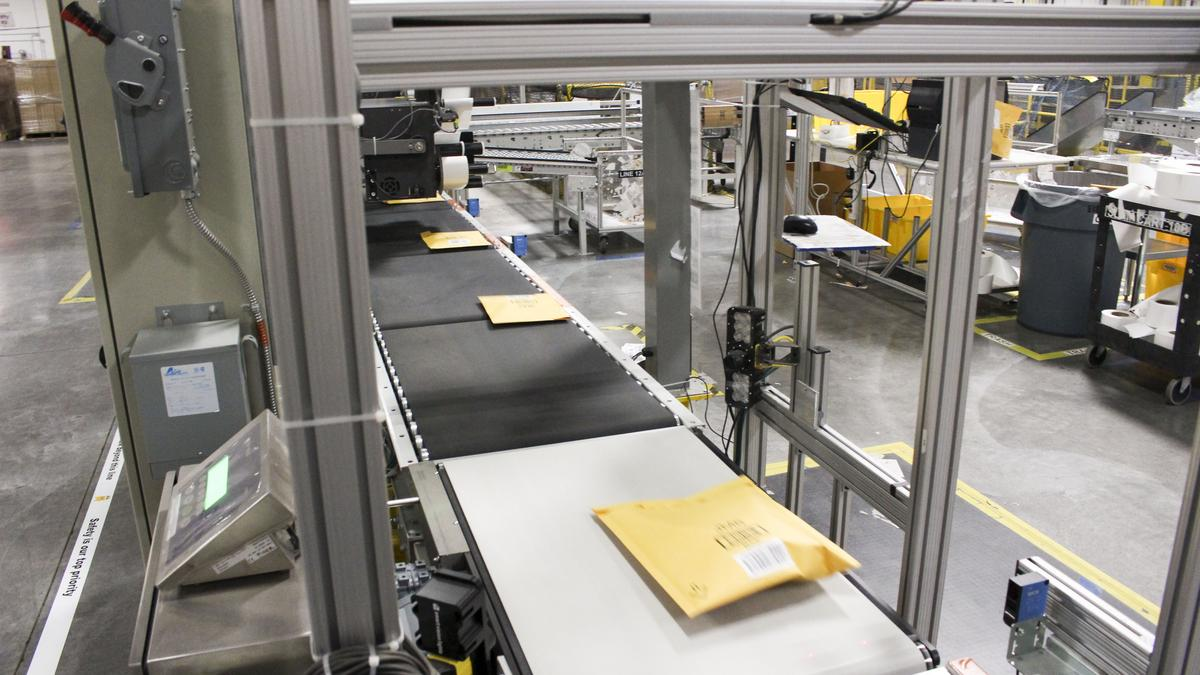Amazon shipping problems give lift to Target, Walmart - Puget Sound Business Journal